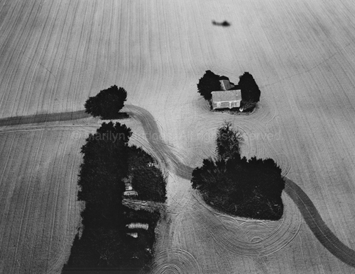 Isolation Farmhouse, Greer County, Oklahoma, 1987. USA Midwest. copyright photographer Marilyn Bridges.
