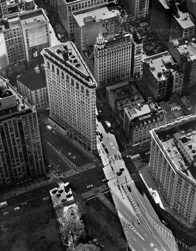 Flatiron Building, New York City, 2000. USA New York City. copyright photographer Marilyn Bridges.